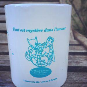 """Mug fabuleux bleu """"tout est mystère dans l'amour"""""""