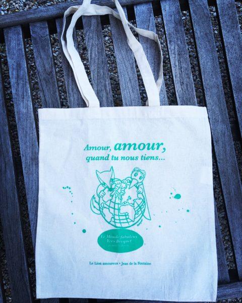 """Coton naturel, vert, """"amour, amour, quand tu nous tiens"""""""